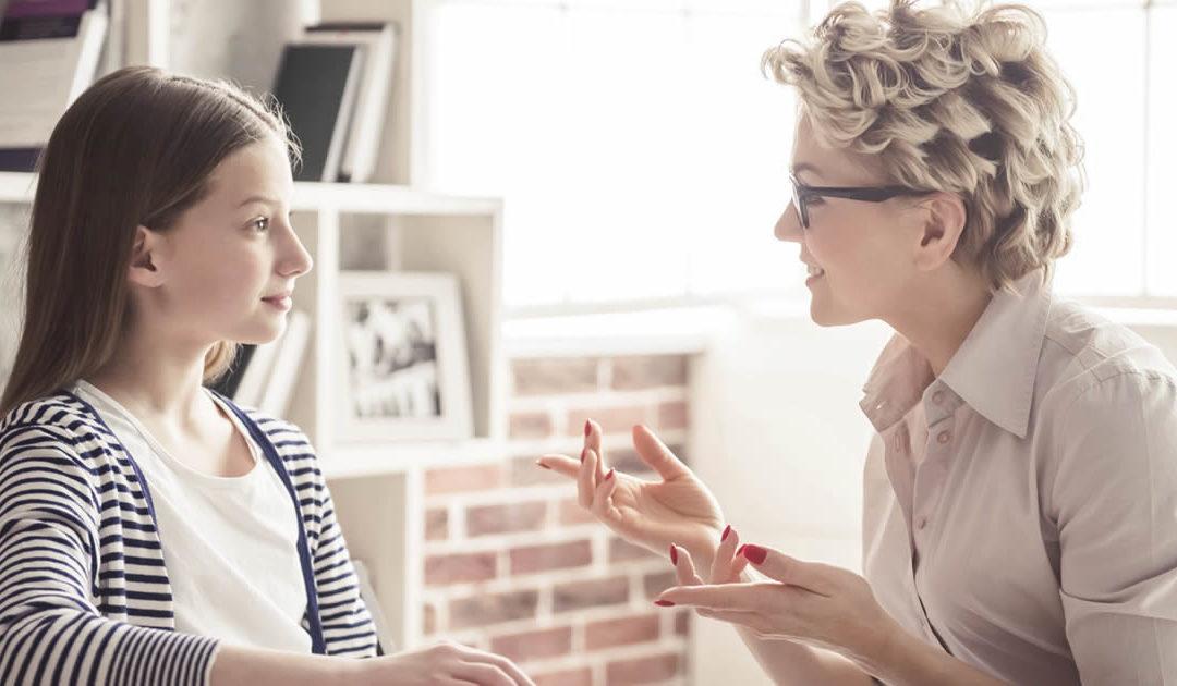 O QUE É E COMO FUNCIONA A PSICOTERAPIA PARA ADOLESCENTES?